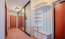 Четырехдверные шкафы-купе в коридор