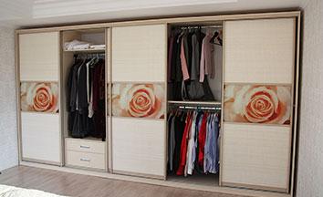 Пятидверные шкафы-купе в спальню